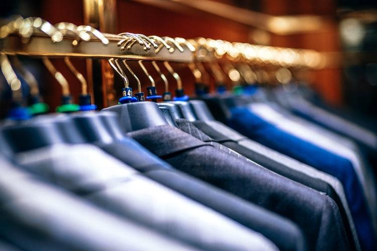 หาข้อมูล | ร้านสูท พพร บริการตัดสูท ชุดสูท เสื้อเชิ้ต ชุดปกติขาว ครบวงจร